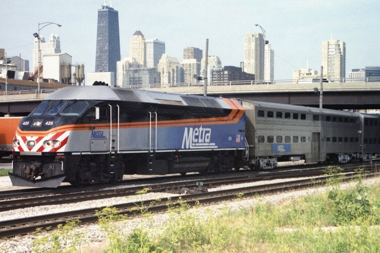 Metra 425 at Chicago, IL
